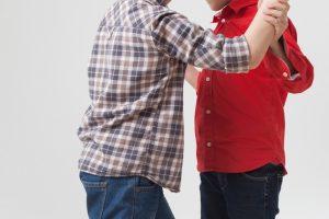 自閉症の子供の他害行動